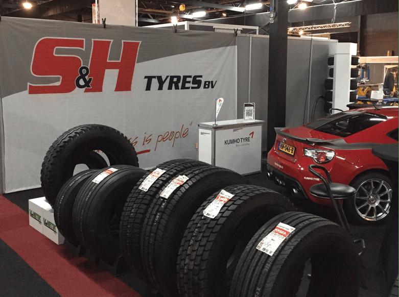 Beursstand S&H Tyres